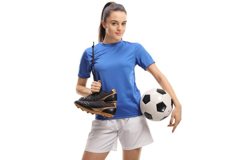 サッカー人気